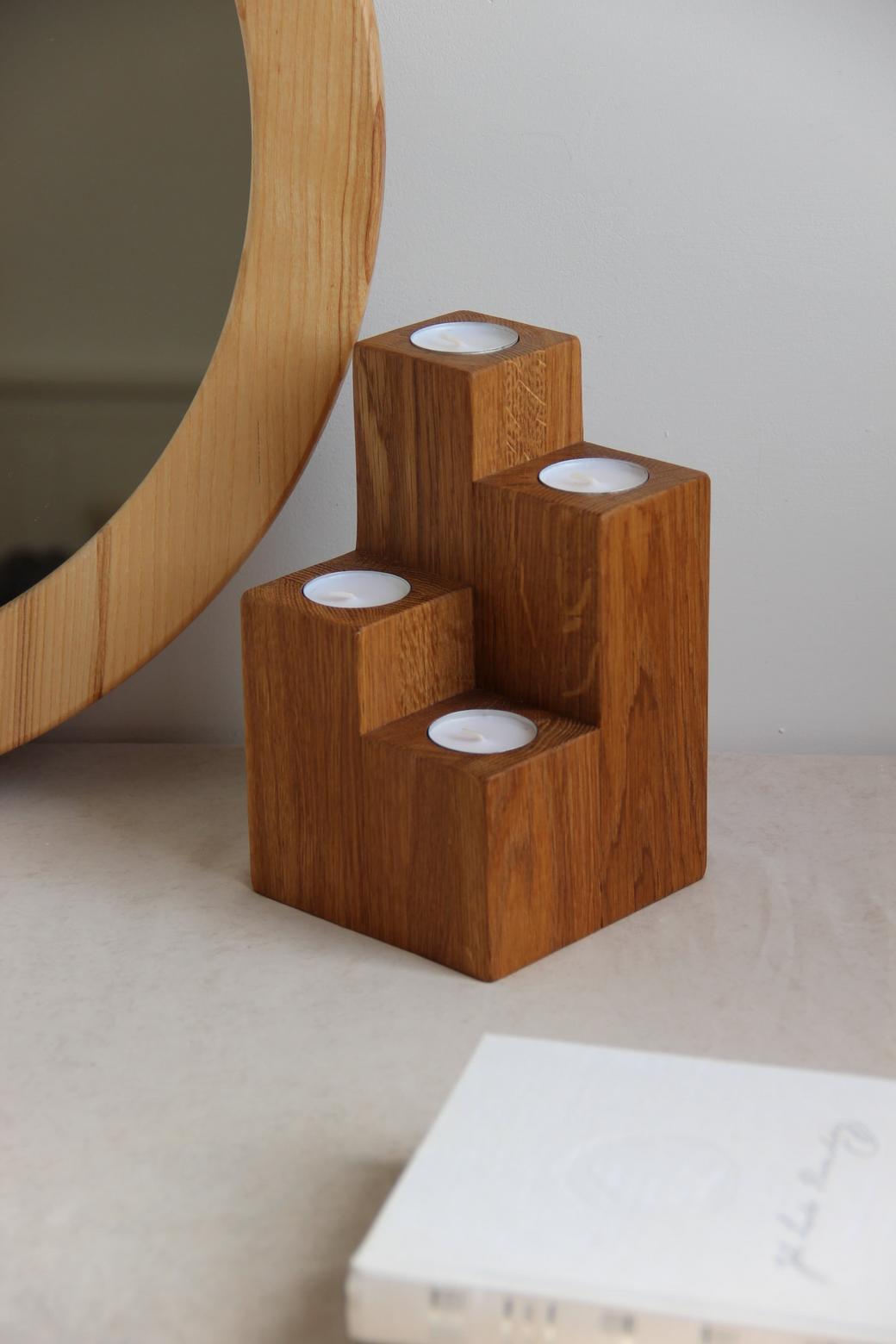 Подсвечник из дуба для 4х чайных свеч