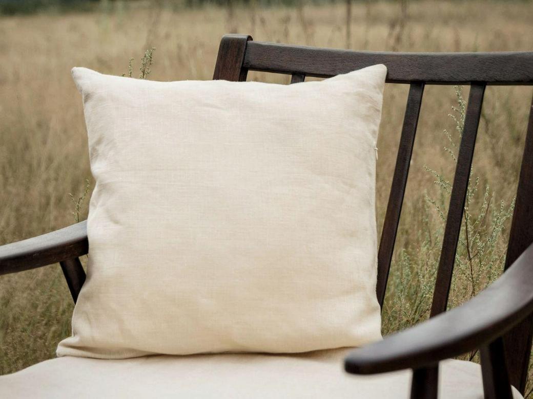 Льняная наволочка на подушку 40*40см ручной работы