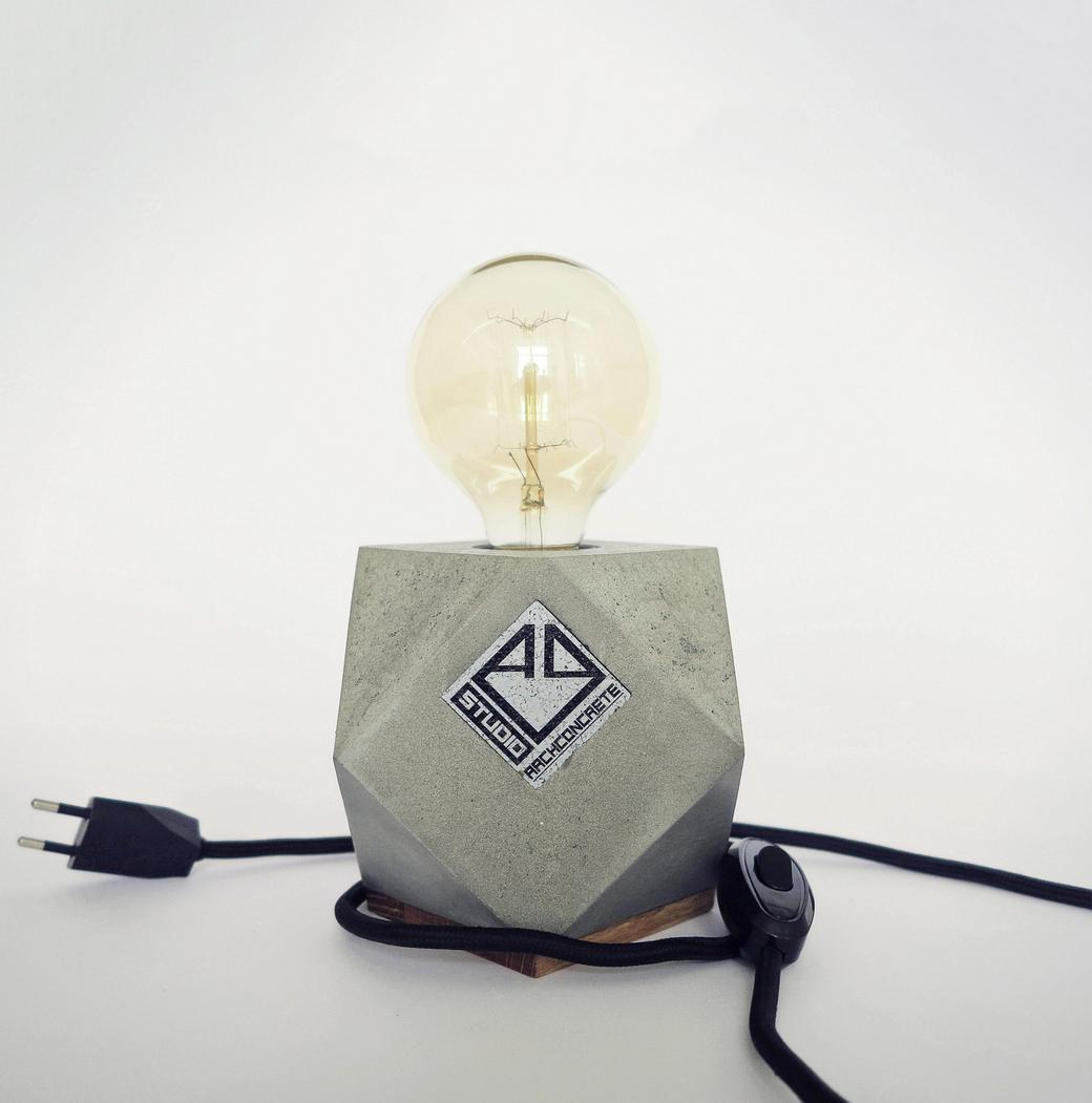 Настольный светильник Cubo-Cut M