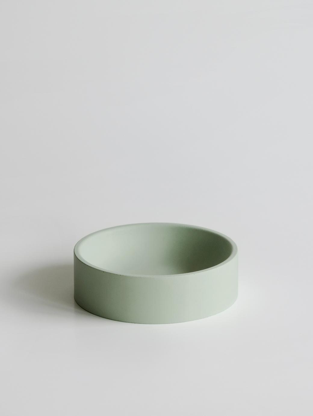Круглая емкость светло-зеленая