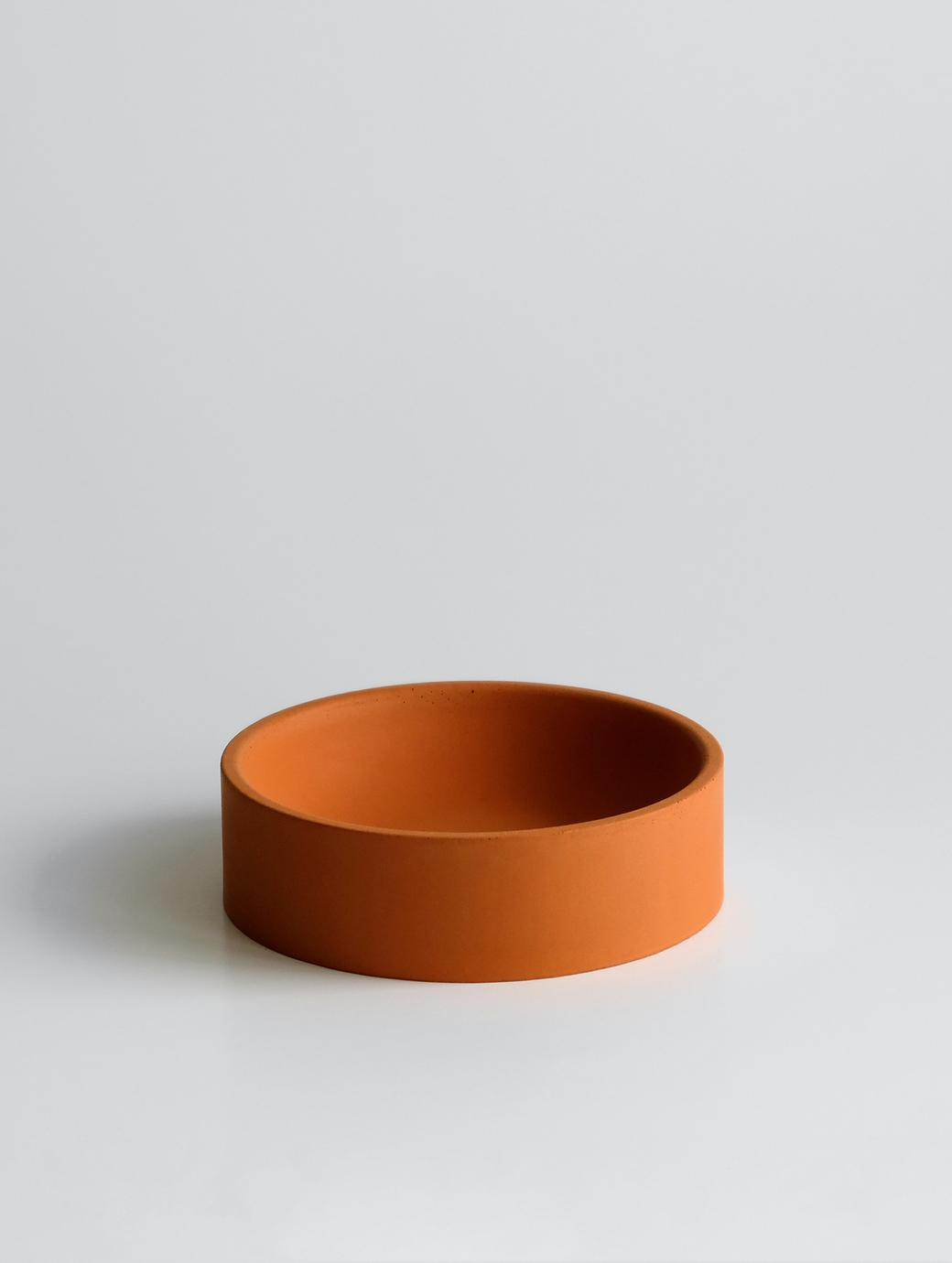Круглая емкость оранжевая