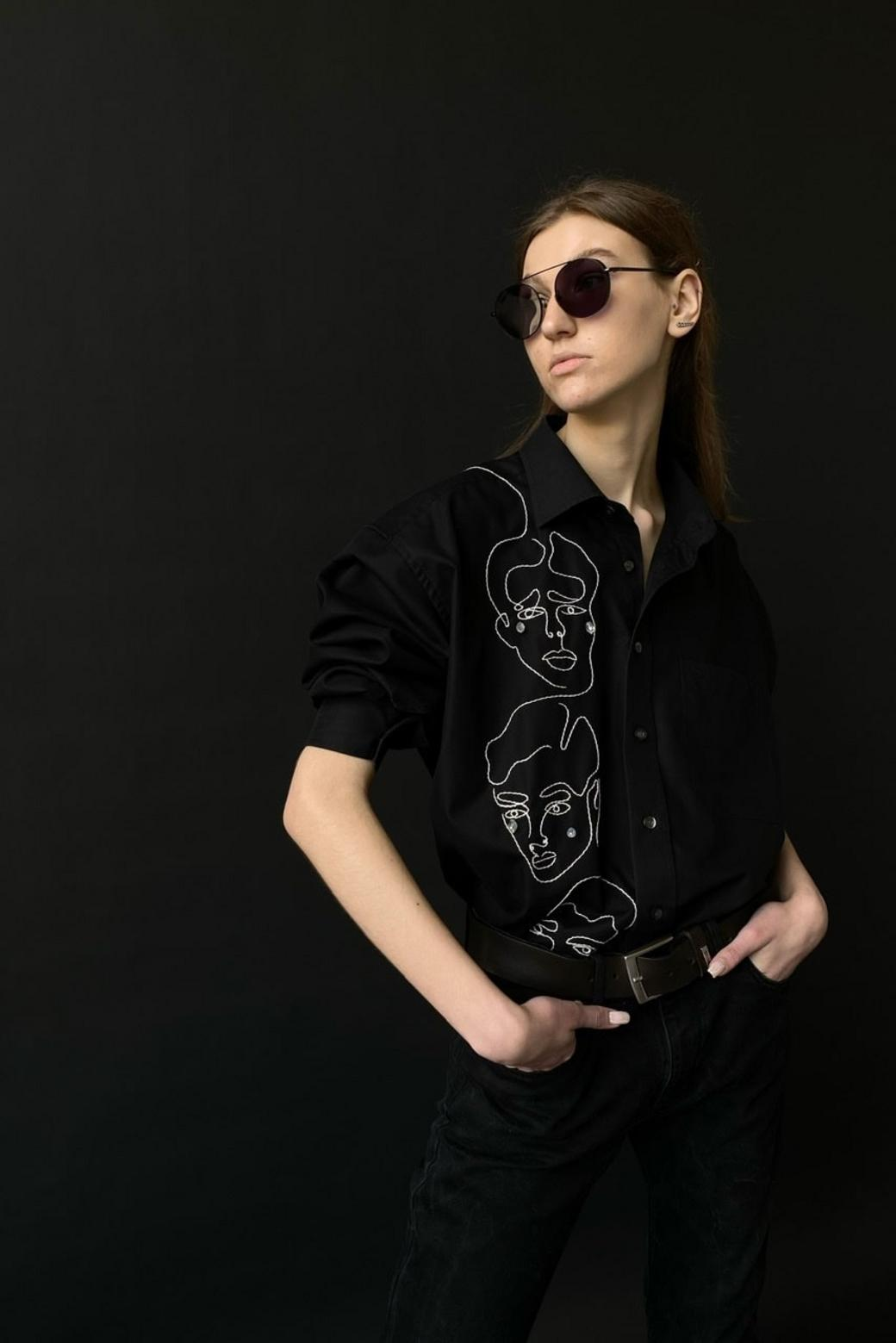 Рубашка «Плачущие мужчины»