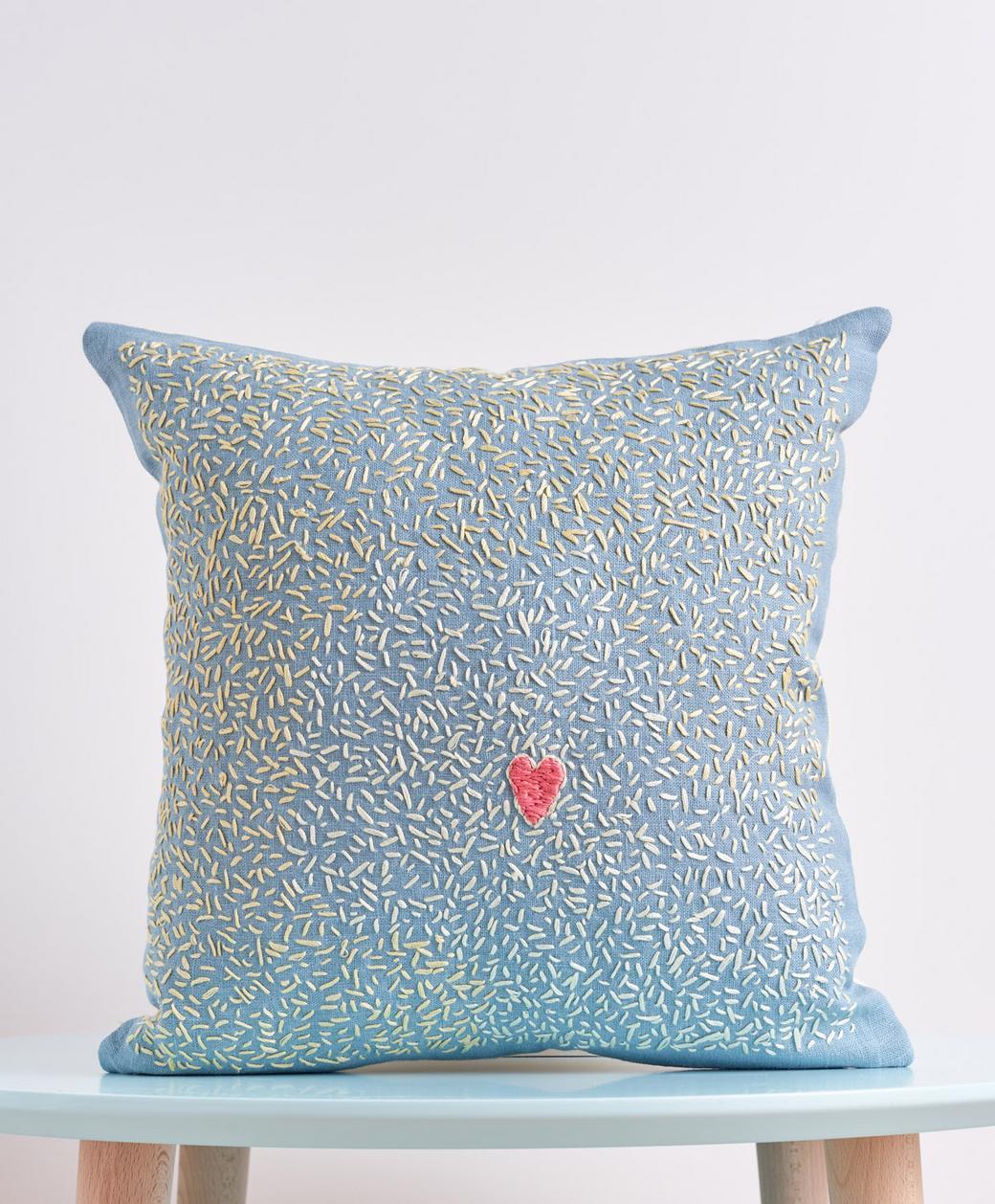 "Декоративная подушка ""big heart"""