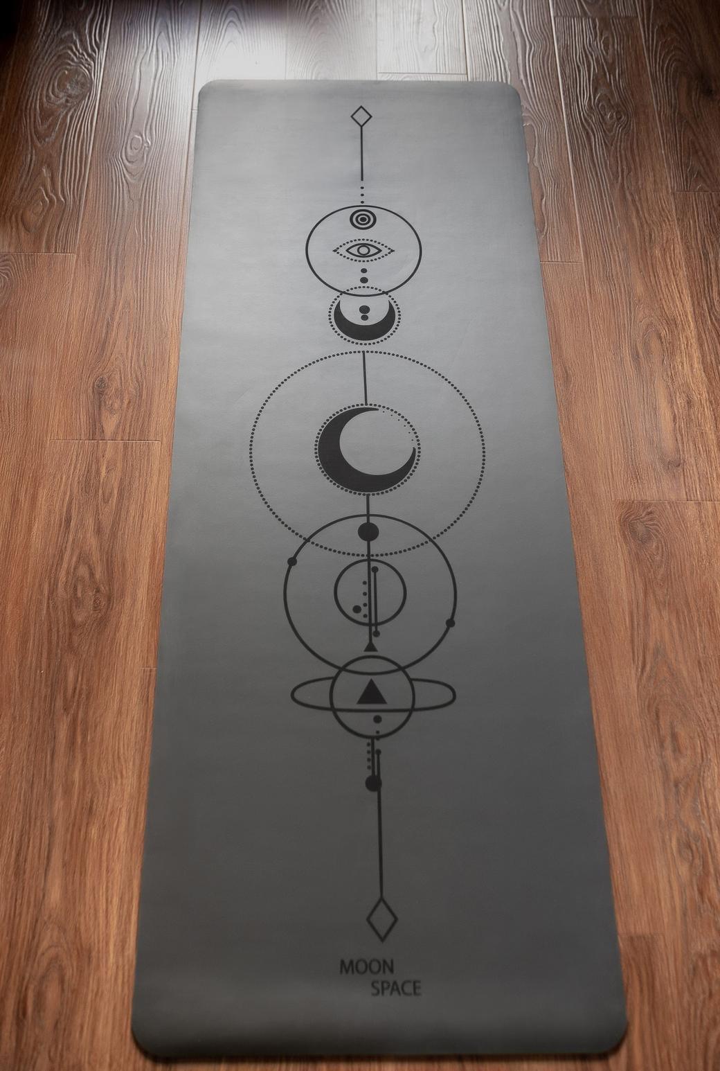 Профессиональный коврик для йоги из каучука Power of the moon